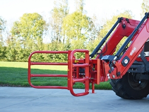 Bale clamp for round bales