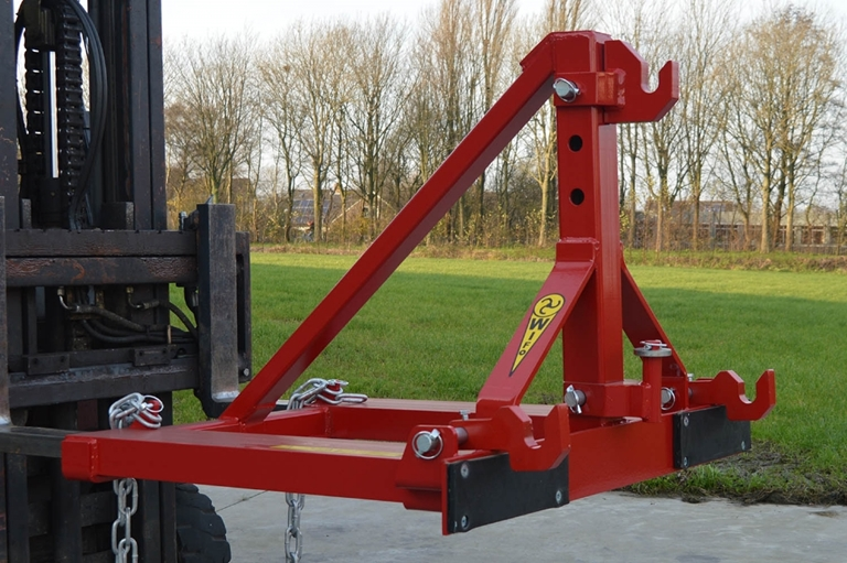 Tool carrier for 3-point hitch equipment - WIFO